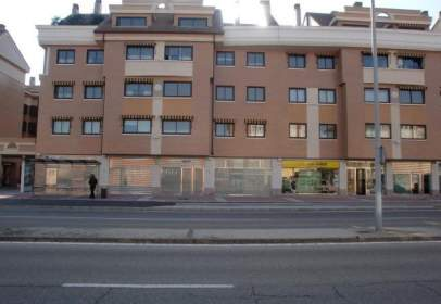 Commercial space in calle Riebera del Carrión, nº 4